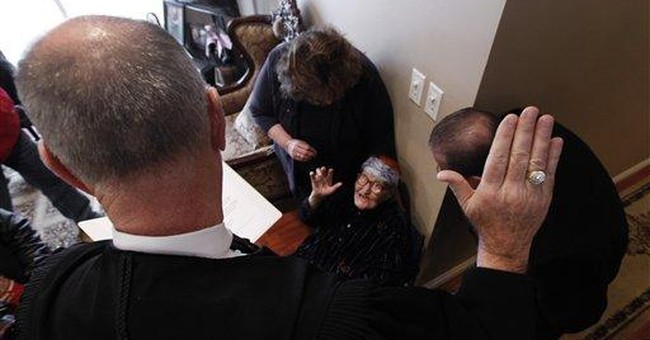 Iraqi woman, 111, sworn in as US citizen