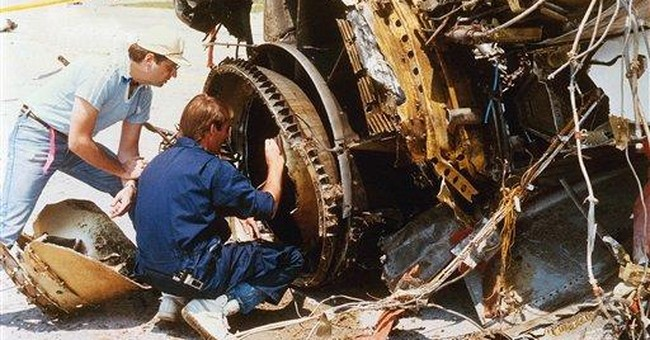Pilot who helped fly crippled jet in 1989 dies
