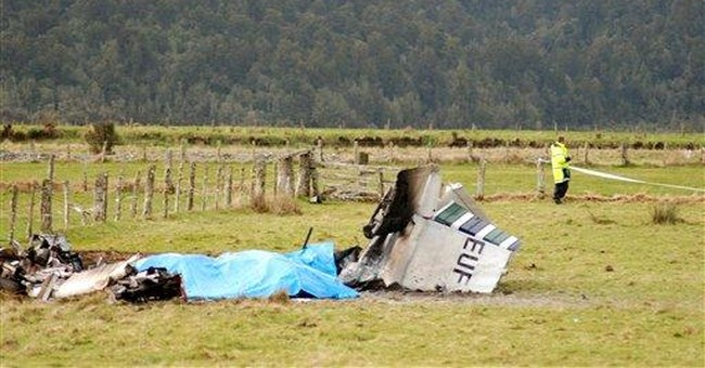 Findings in NZ skydiving crash cite weight problem