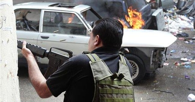 UN observers caught up in Syrian violence