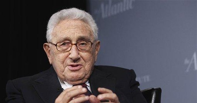 Kissinger praises security agents after NY patdown