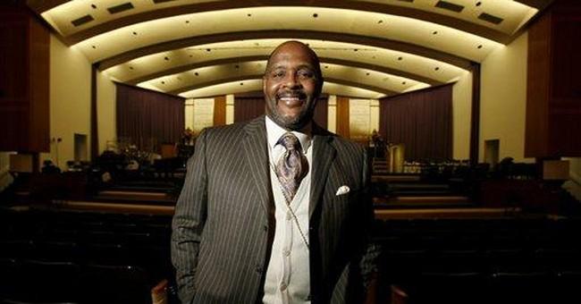 Detroit pastor Marvin Winans assaulted, carjacked