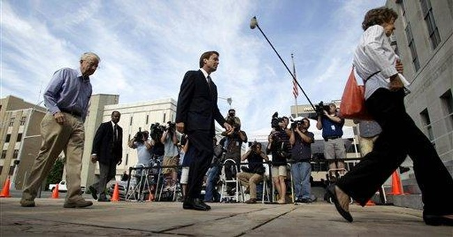 Edwards doesn't testify at campaign finance trial