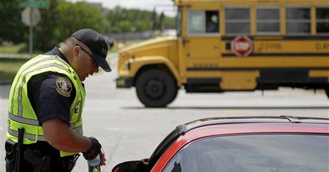 Federal agents join school bus threat probe in Ga.