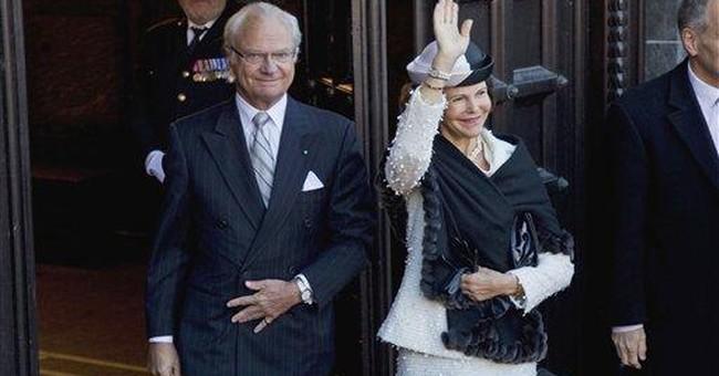 Thousands of Danes cheer popular monarch