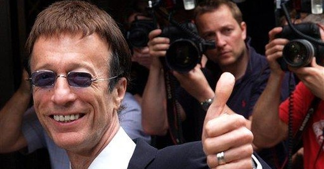 Robin Gibb of Bee Gees dies at 62