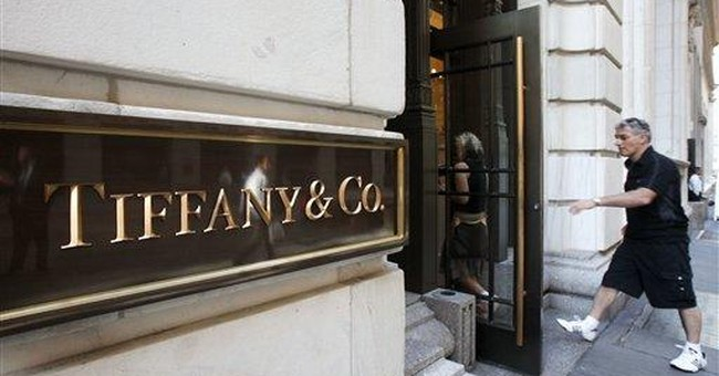 Tiffany's cuts outlook amid slowing demand