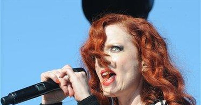 Shirley Manson celebrates return of Garbage