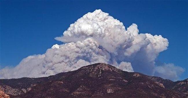 Smoke from massive fire spreads across NM, Ariz.