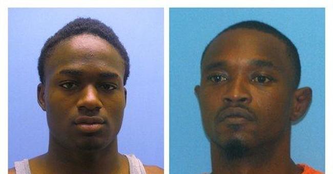 2 murder suspects escape from SW Arkansas jail