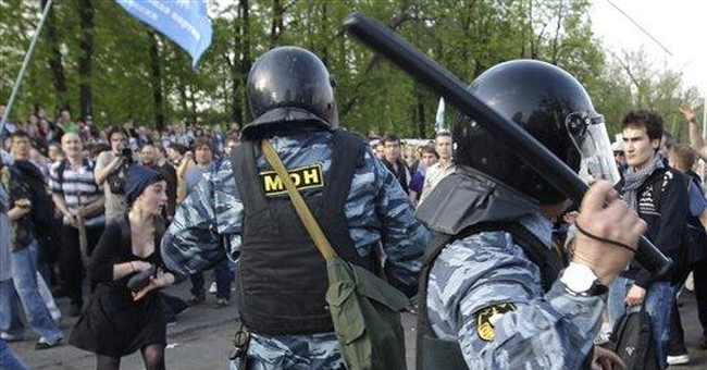 18-year old Russian protester under house arrest
