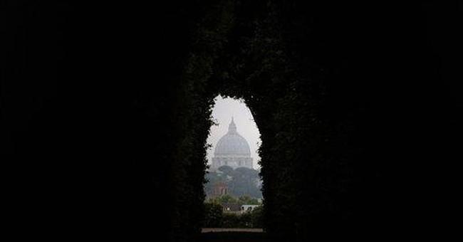 Pope breaks silence over Vatileaks scandal