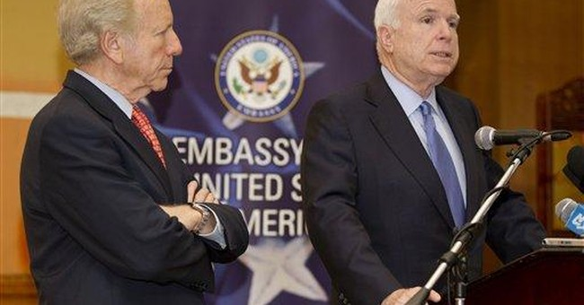McCain: US inability to help Syria 'embarrassing'