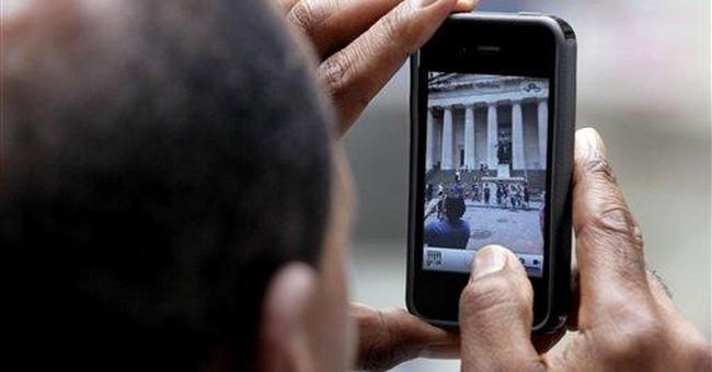Cricket gets prepaid iPhone
