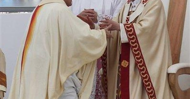 Pope celebrates open-air Mass for 1 million