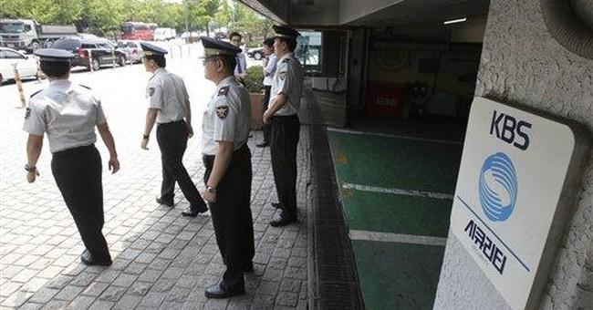 NKorea threatens specific attacks on SKorean media