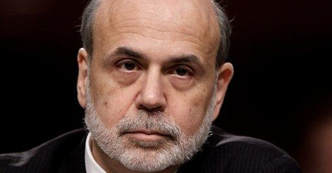 Bernanke signals no imminent steps to aid economy