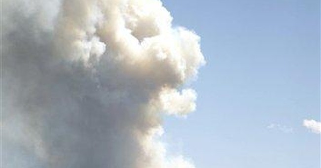 Large wildfire in N. Colorado prompts evacuations