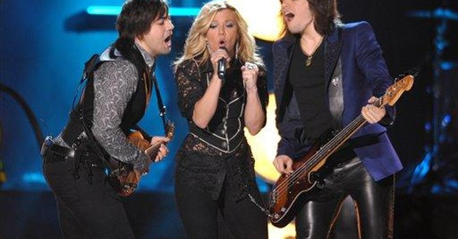 The Band Perry builds global fan base at CMA Fest