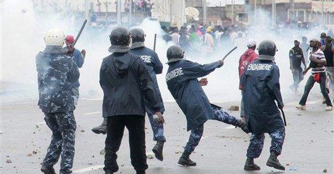 Police fire tear gas at protesters in Togo capital