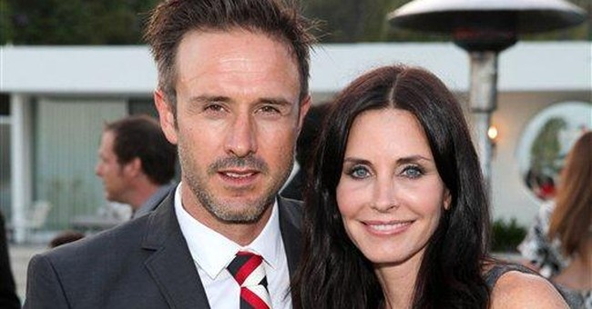 Courteney Cox asks court to drop Arquette name