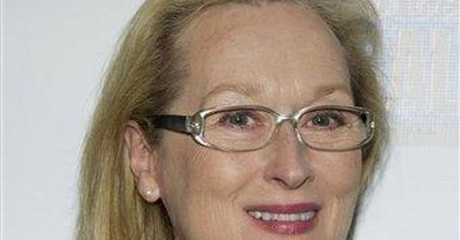 Streep presents Davis with Women in Film award