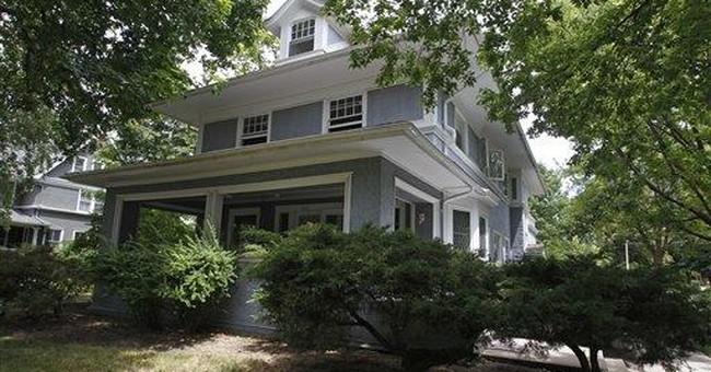 Foundation sells Hemingway's suburban Chicago home