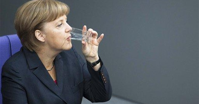 Merkel says euro crisis will dominate G20 summit