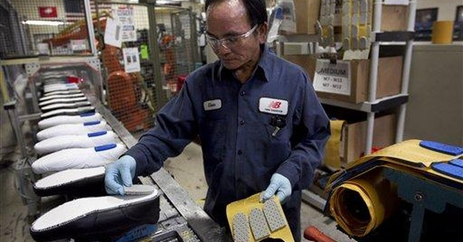 US factory production declined 0.4 pct. in May