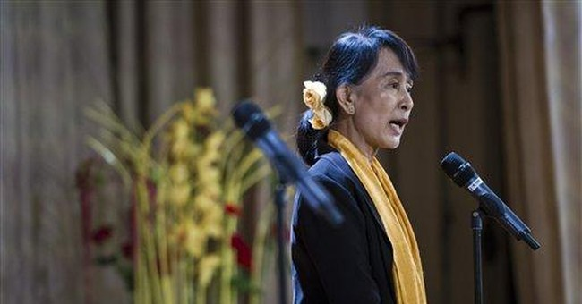 Suu Kyi asks Myanmar refugees to seek ethnic unity