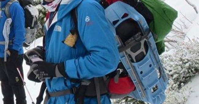 Mount Rainier snowshoer burned money for warmth