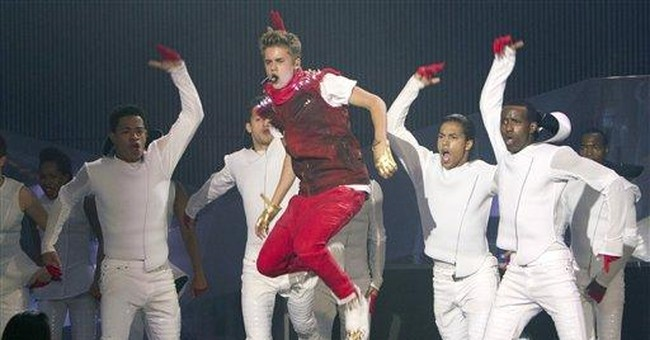 Bieber's hot show melts down Apollo power