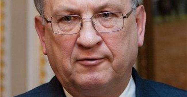 Ukraine FM resigns as economy suffers