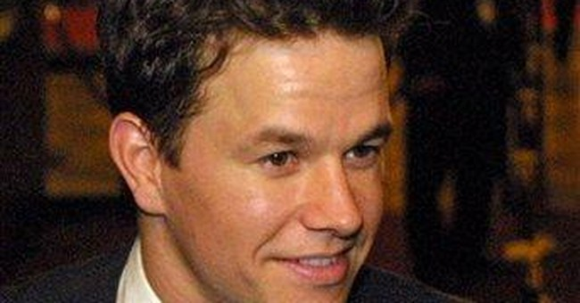 Actor Wahlberg apologizes for 9/11 comments