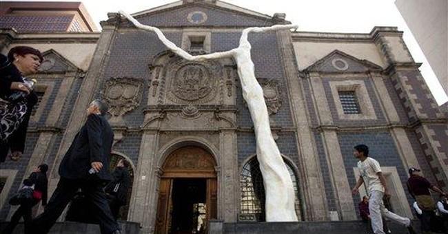 Mexico's new public art exhibit examines 'roots'