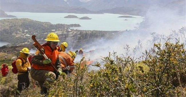 Chile wildfires kill 6 firefighters, 1 missing