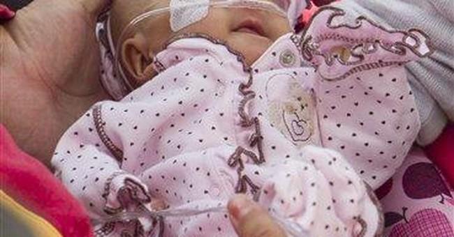 Tiny baby leaves Los Angeles hospital amid fanfare