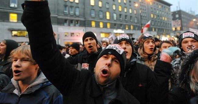 Poles protest ACTA online and on the streets