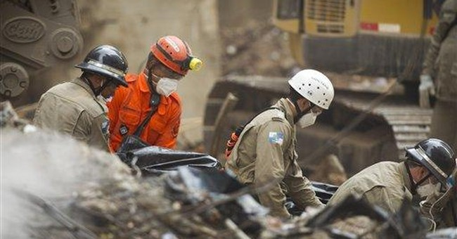 Rescuers searching for survivors in Rio collapse