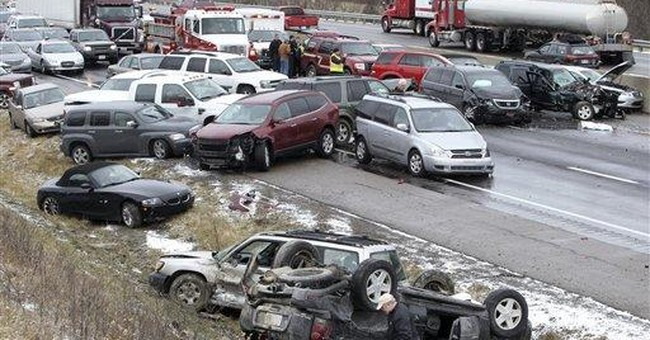 8 injured in 41-vehicle pileup on I-75 in Kentucky