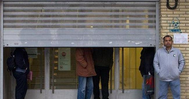 Spanish economy shrinks in Q4, nearing recession