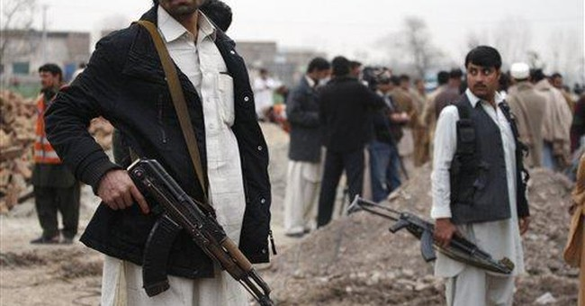 Fighting over Pakistani mountaintop kills over 60