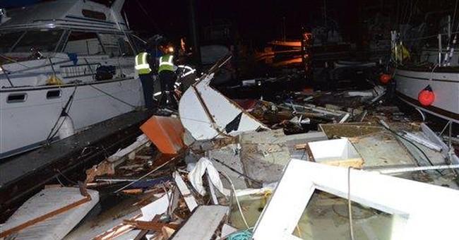 40-foot boat explodes at Wash. marina; man injured
