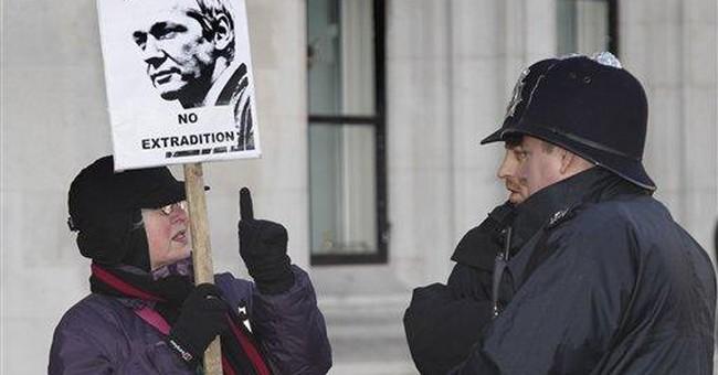Swedish prosecutor demands Assange extradition