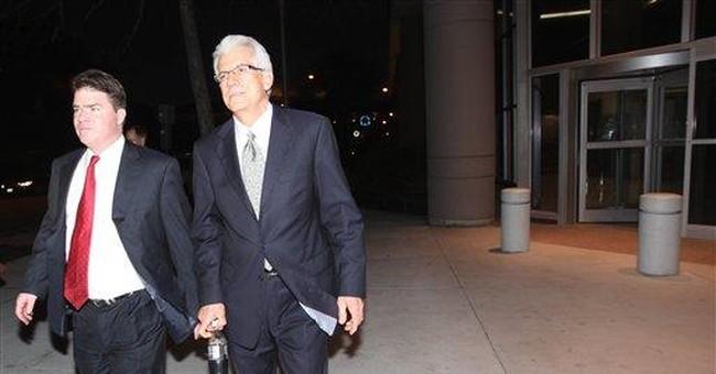 Stanford's attorneys portraying ex-CFO as liar