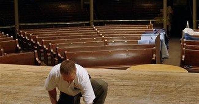 Work crew begins removal of Ryman Auditorium stage