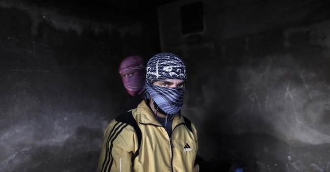 Syrian rebels step up attacks on strategic sites