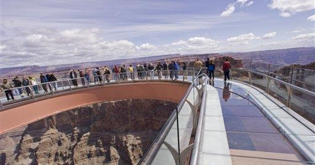 Ariz. tribe votes to take over Skywalk management