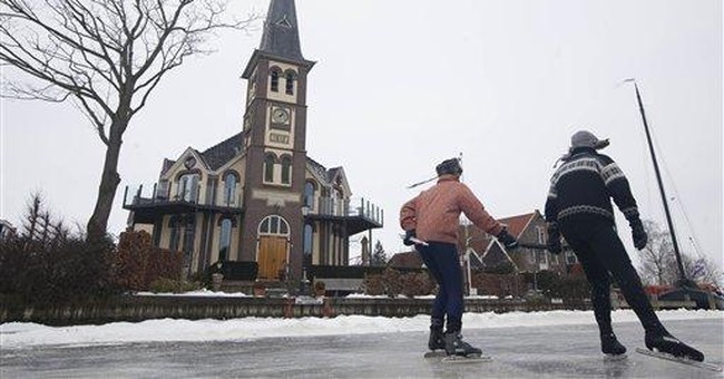 Ice not thick enough for Dutch skating marathon