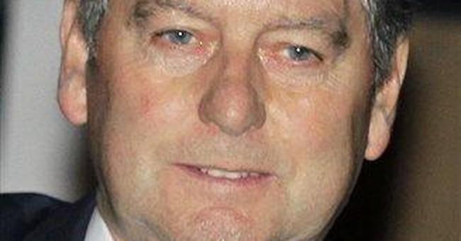 Ex-UK tabloid chief named NY Daily News top editor